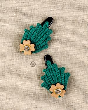 Crochet Clips - India's first fin commerce marketplace for artisans